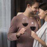 Partager un verre de vin